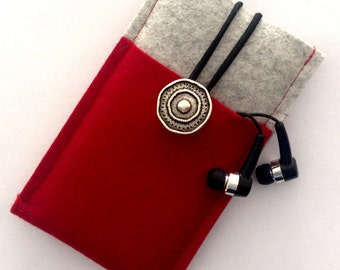 Mobile phone Pocket made of wool felt for iPhone 7