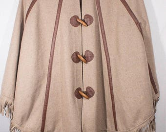 Vintage 1960s Goldie London Boho Chic Brown & Tan Wool Blend Plaid Fringed Cape Jacket Poncho