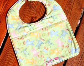 TODDLER Bib: Jammy Animals and Sweet Pea Words on Back, Personalization Available