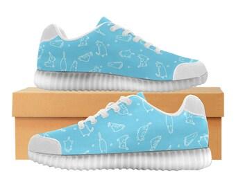 Catty bleu ciel | LED Light Up chaussures | Hommes & femmes tailles | Tige extensible haute | Semelle intérieure en tissu | Recharger | Choisissez noir ou blanc garniture