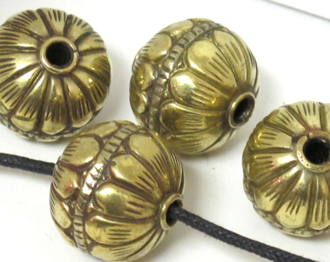 1 BEAD -  Large Size 19 -20 mm Tibetan brass repousse floral design oval rondele shape beads -  BD608A