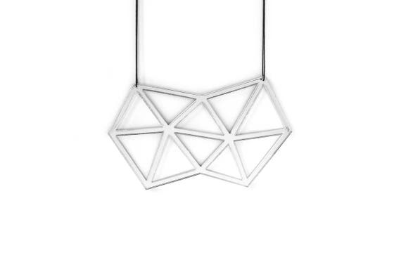 Necklace Mutation 08 - polygon - silver mirror - acrylic - geometric statement jewellery - contemporary jewelry - accessory - lasercutting