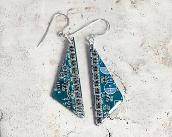 Geeky earrings - Dangle earrings - Computer earrings - recycled circuit board