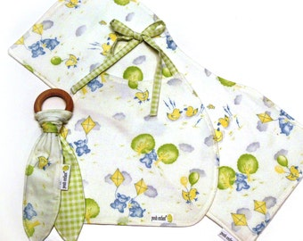SALE 50% Off, Baby Gift Set, Bib + Burp Cloth + Teething Ring Toy, Gender Neutral Ducks and Bears