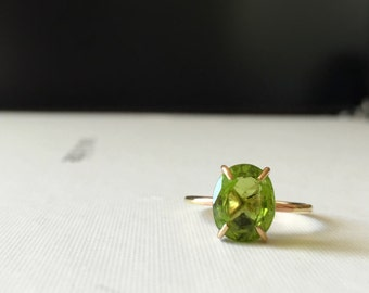 Peridot gemstone ring- green gemstone ring- August birthstone- August gift- size 6.25 ready to ship