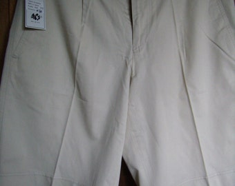 Bermuda shorts, men, 100% cotton, new, different colors and size.