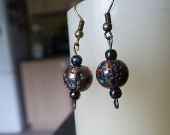 Hammered copper Pearl Earrings