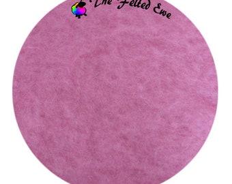 Needle Felting Maori Wool Batt / FB56 Bubble Gum Maori Wool Fluffy Batt