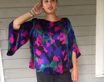 90s charmeuse silk floral blouse / bell sleeve blouse / s m l