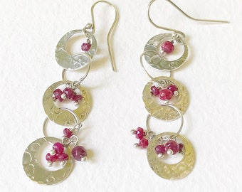 Eclipse dangle silver earrings with rubies