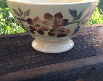French Footed Cafe au lait Bowl
