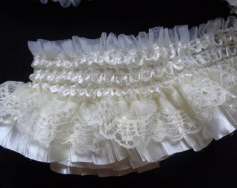 Ruffle pleated elastic lace cream color 2 1/2 inch wide selling by the yard