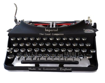 Antique Typewriter, Working Imperial 1930s Vintage Typewriter, Classic Black Good Companion Imperial Typewriter, Vintage Office Decor