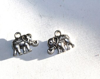 5pc Vintage Silver Elephant Charms bracelet charms necklace charms