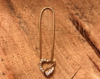 14k Yellow Heart Pin with CZ gems.