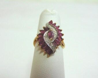 Women's Vintage Estate 10K Yellow Gold Ring w/ Diamonds & Rhodolite, 2.9g E3570