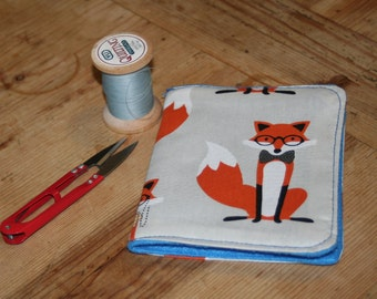 Fox print and felt needle case, needle book, needle minder.  Foxy print needle case.  Gift for crafters,sewing gift, Christmas birthday gift