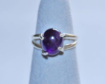 Amethyst cabochon oval gemstone freestyle Sterling Silver ring, solitaire ring, woman's ring size 8