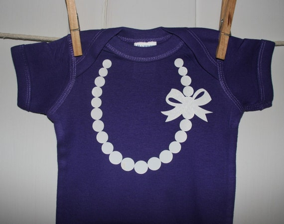 The Carrie Pearl Necklace with Bow in Purple