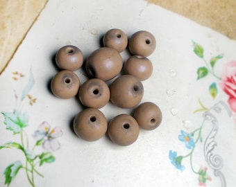Polymer Clay Beads - 11 Rustic Putty Pink Beads - Flesh - Round & Rondelle - 9mm to 12mm - Dusty Pink Neutral - 4 in Strand - Spacers, Pairs