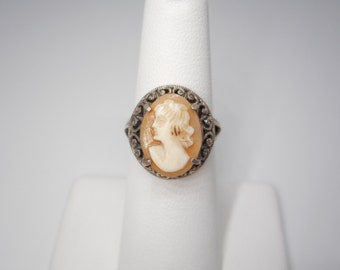 Antique Victorian Sterling Silver Shell Cameo Ring Size Five and a Half