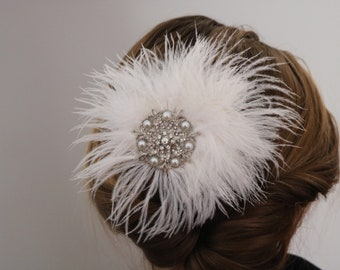 Rhinestones and pearl  white Feather bridal   Hair Comb