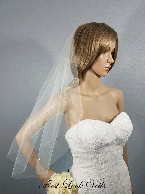 Ivory Wedding Veil, Bridal Elbow Veil, Crystal Veil, Floral Crystal, Wedding Vail, Short Veil, Bridal Attire, Bridal Accessory, Bride, Gift