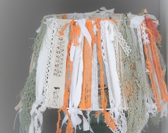 Lamp shade shabby chic, vintage lace and old, light lace LM170991