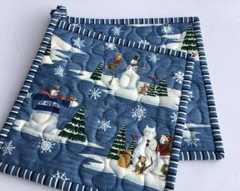 Quilted Potholders, Fabric Potholders, Snowman Potholders, Set of 2 Hotpads,  Gift under 20, Handmade Pot Holders, Christmas Pot holders