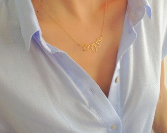 Golden Lotus Blossom Necklace, Gold Necklace, Lotus Necklace, Geometric Necklace, Simple Leaf Necklace, Dainty Gold Necklace, Yoga
