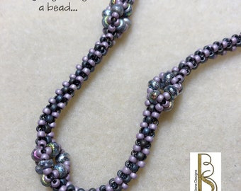 Seed bead woven necklace tutorial - Three Square with a Flair
