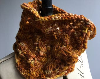 Handmade luxury cashmere chunky cowl