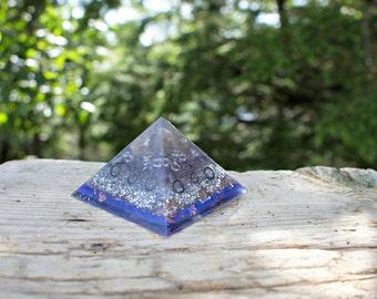 Orgone Pyramid- Topaz & Amethyst