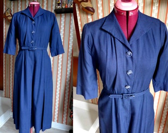 SALE ! Amazing French Vintage 1940's Early 1950's Navy Blue Coat Dress, Shirtwaist Dress, Pin-Up Style - Size S