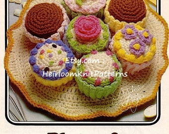 Plate of Cupcakes Vintage Crochet Pattern Crochet Dessert Toy Play Food Crochet Pattern Instant download PDF - 1098