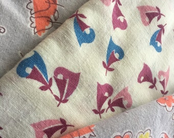 Lot of Vintage Feedsack Fabric. 3 Pieces. Pretty Abstract Florals