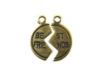 Tiny Antiqued Brass Best Friends Charms (16X) (M672-E)