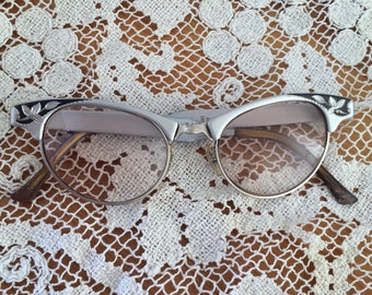 CAT EYE GLASSES - vintage midcentury eyeglasses, silver and black (1950s 1960s)