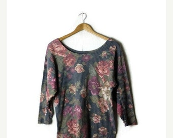 ON SALE Vintage Faded Floral Long Sleeve T-shirt From 1980's*