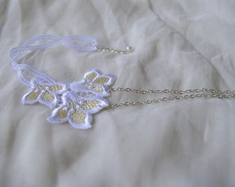 asymmetric white lace wedding ceremony necklace