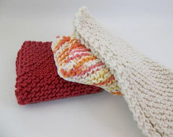 Knit Cotton Wash / Dish Cloths Set of 3 Country Red Variegated and Natural