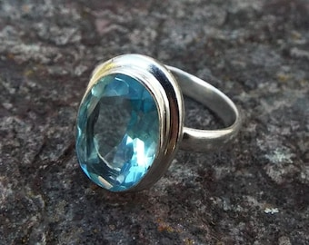 Blue topaz Ring, topaz ring, US 8.75, blue topaz ring, blue gemstone ring, stacking ring, gift for her, silver ring, Stzerling silver ring