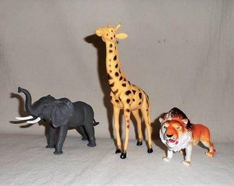 LION-ELEPHANT-GIRAFFE-Oversize Vintage Plastic Animal Kingdom-Pretend Play-Toys-Circus-African-Wild-Figural-Orphaned Treasure-B022218J