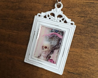 Alice in wonderland, wonderland jewelry, lost in wonderland, down the rabbit hole, teaparty necklace, teaparty, alice, lewis carroll