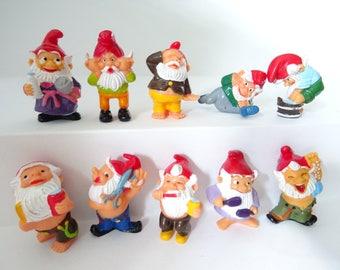 10 Figures Set  Garden Dwarfs Gnomes  Figurines  Miniatures Fairy Accessories Dollhouse Decor toy Terrarium Suppliers Container Succulent