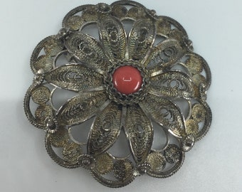 Vintage c.1910 Silver Cannetille large Brooch with Coral Inset