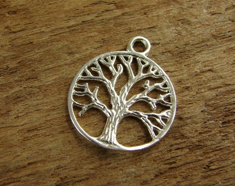 Sterling Silver Round Silhouette of a Tree Pendant - One Piece - prst