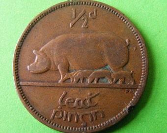 1937 Irish Free State Authentic Half Penny Coin - Ireland - Pig Piglets Harp