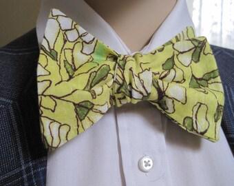 1970's Modern Bow Tie