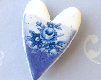Porcelain Heart Brooch. Blue & White Roses. Valentine's Day. Ceramic. Royal Blue. Cornflower. Denim. White. Floral. Shabby Chic. Large Pin